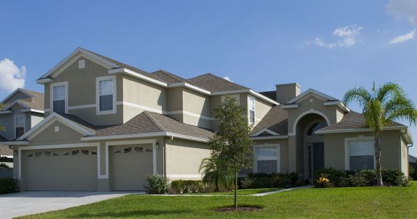 Five Ways to Reinforce Your Roof Before Hurricane Season